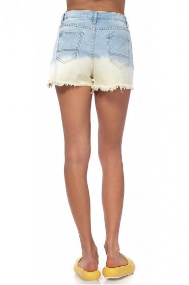 8c9a6a789e0 Дамски къси панталони с пайети Дамски къси панталони с пайети